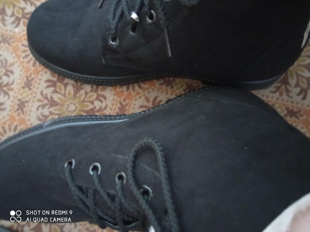 Příště jak budete posílat boty tak je dejte do ... (Obrázek k recenzi)