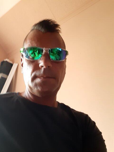 A napszemüveg kiváló,köszönöm. ???? (Fénykép a véleményhez)