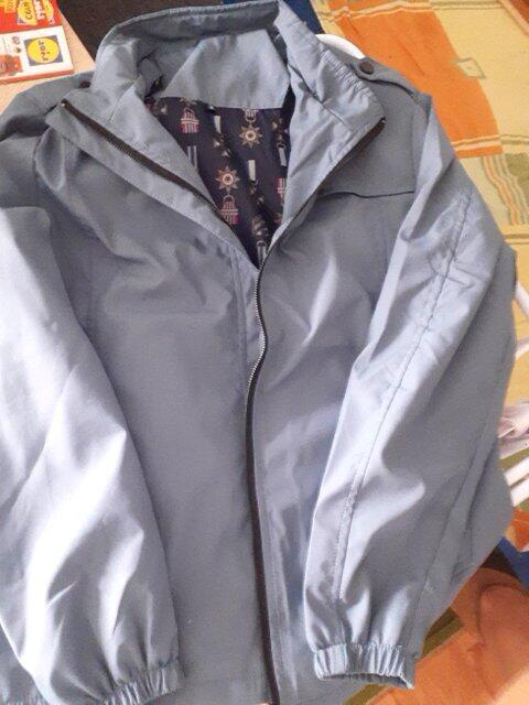 Ok je jaknica...ali malo jača cena sa obzirom d... (Obrázek k recenzi)