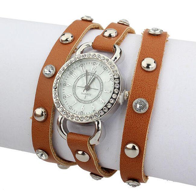 Vintage hodinky a kamínky a trojitým páskem 1