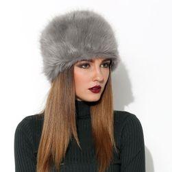 Ženska retro kapa od veštačke kože