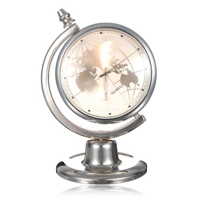 Stolní hodiny v originálním designu - globus 1