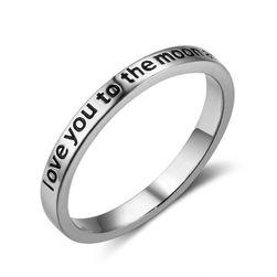Elegantni prsten sa ugraviranim ljubavnim tekstom