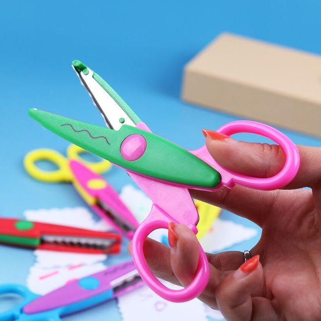Bezpečnostní nůžky v různých barvách 1