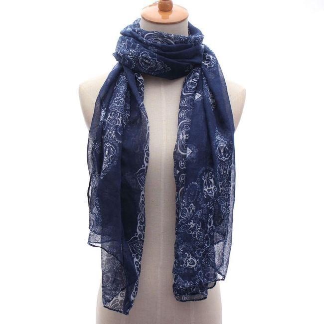 Синий шарф с орнаментом 1