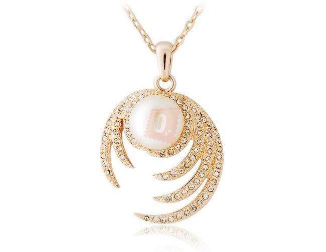 Náhrdelník s perlou zdobenou peřím s kamínky - zlatá barva 1