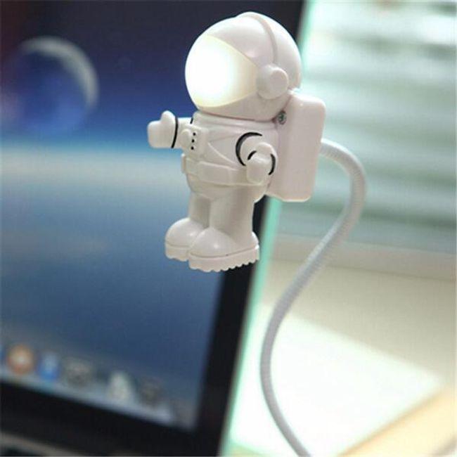 Állítható USB LED világító űrhajós 1