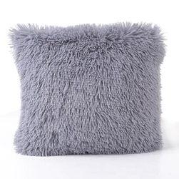 Čupava navlaka za jastuk