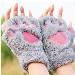 Mănuși pufose cu motive lăbuțe de pisică - 5 culori