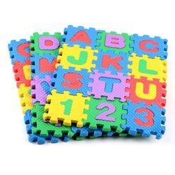 Kolorowy dywan z pianki dla dzieci