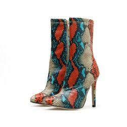 Дамски обувки с токче Montgomery