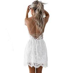 Letní krajkové šaty s odhalenými zády