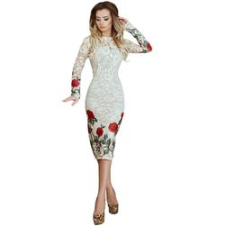 Čipkasta haljina sa motivom ruža