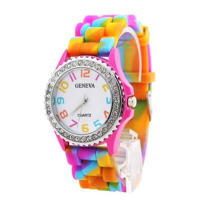 Наручные часы в радужной расцветке 1