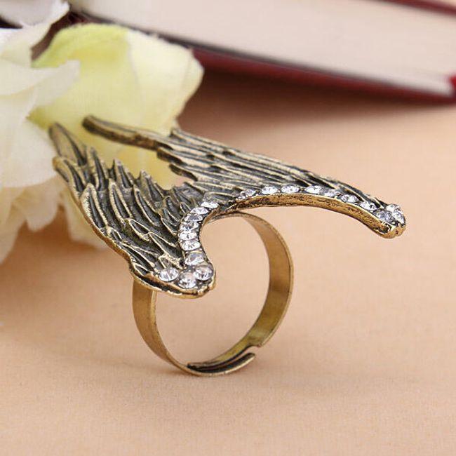 Pierścień z anielskimi skrzydłami 1