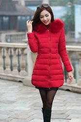 Zimní kabát s kapucí s umělým kožíškem v plus size velikostech - 5-velikost č. 7