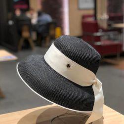 Dámský klobouk UE4