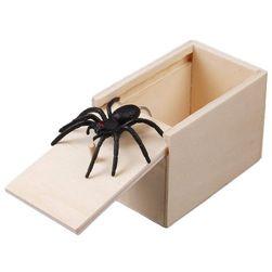 Игрушка розыгрыш- Паук в коробке Josiah