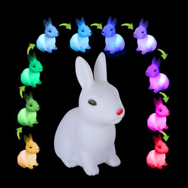 LED svetilka v obliki sedečega zajca 1