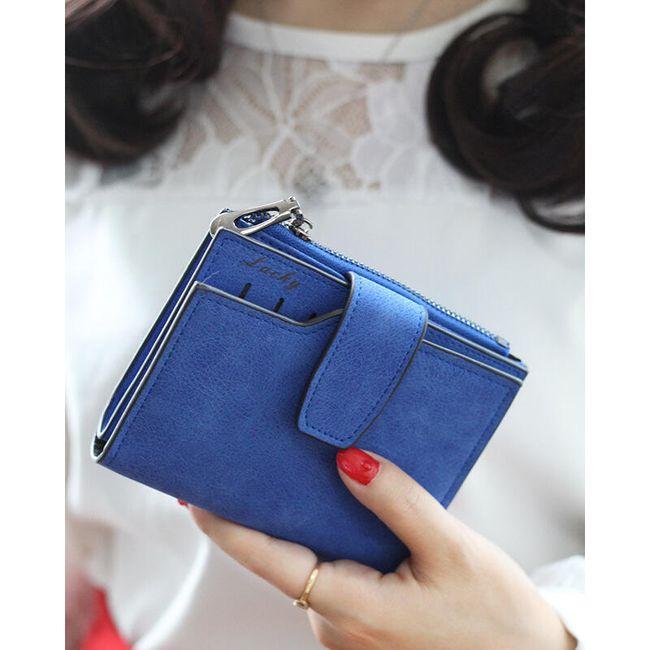 Malá dámská peněženka v klasickém provedení 1