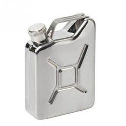 Бутилка от неръждяема стомана в дизайн на шише за бензин