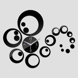 Zidni sat sa ukrasima - 3 boje