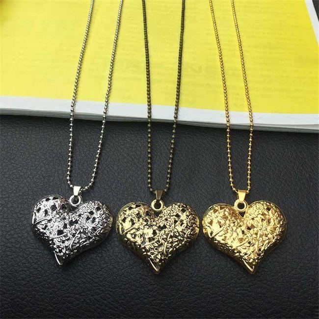 Módní náhrdelník s přívěskem ve tvaru dutého srdce 1