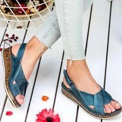 Дамски сандали на платформа DS457