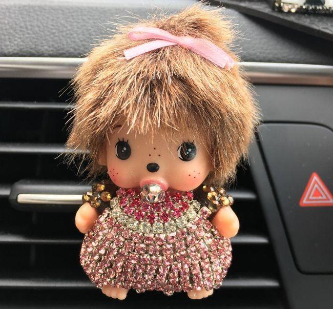 Оригинальный ароматизатор для автомобиля- Куколка 1