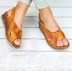 Damskie sandały na koturnie Carmen