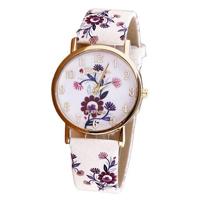 Женские наручные часы в цветочном декоре 1