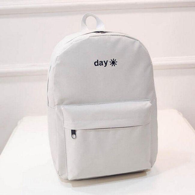 Elegantní batůžek ve dvou barevných provedeních - bílá 1