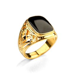 Masiven moški prstan - zlata barva 10