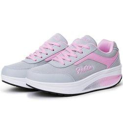 Женская спортивная обувь с высокой подошвой - разные расцветки