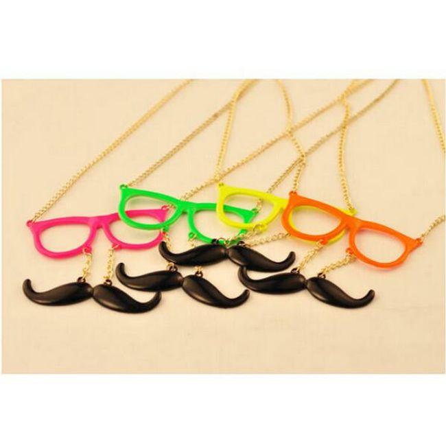 Originální náhrdelník - brýle a knírek, na výběr ze 4 barev 1