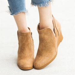 Дамски обувки с клиновиден ток Amelia