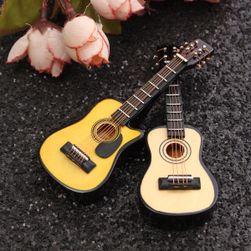 Mini kytara pro panenky v měřítku 1:12