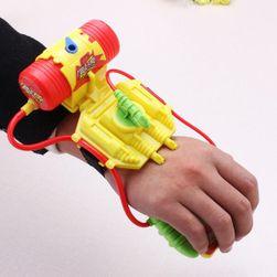 Pistol cu apă pentru încheietura mâinii