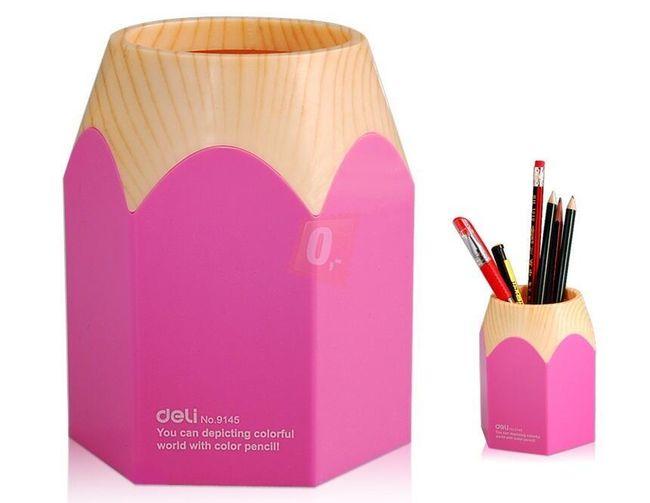 Stojánek na tužky ve tvaru pastelky - růžový 1