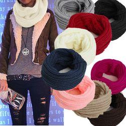 Šal pleteni u krug - više boja