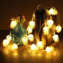 LED řetěz se světýlky v podobě šišek