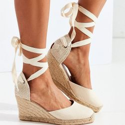 Дамски сандали на клин Buensa