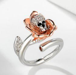 Prsten s růží a lebkou