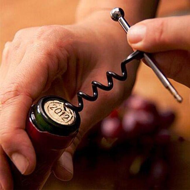 Originální vývrtka na víno 1
