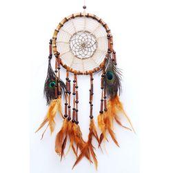Indijanski hvatač snova sa šarenim perjem