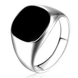 Erkek yüzüğü James