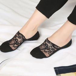 Női mini zokni csipkével - 5 színben
