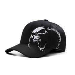 Унисекс бейзболна шапка с череп - черно