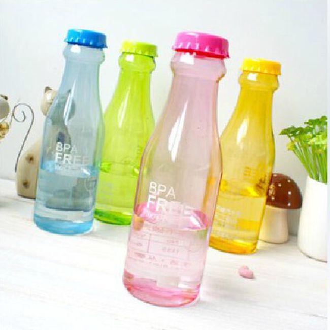 Műanyag palack italokhoz - eredeti kivitelben, 5 színben 1