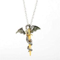 Ragyogó nyaklánc sárkány és kard